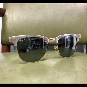 Awesome Ray-Ban Aviators